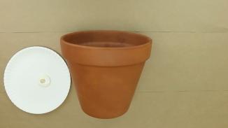 Clay pot 1 Mix offwhite paint color